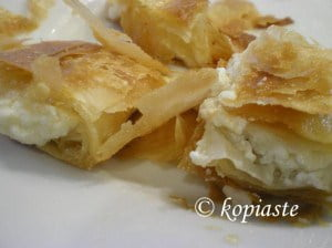 Bougatsa with cheese