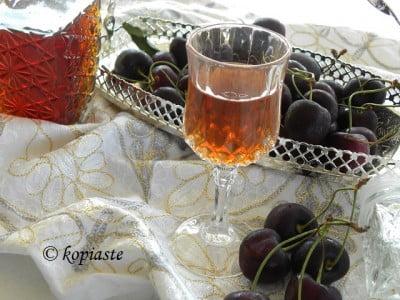 Cherry Liqueur2