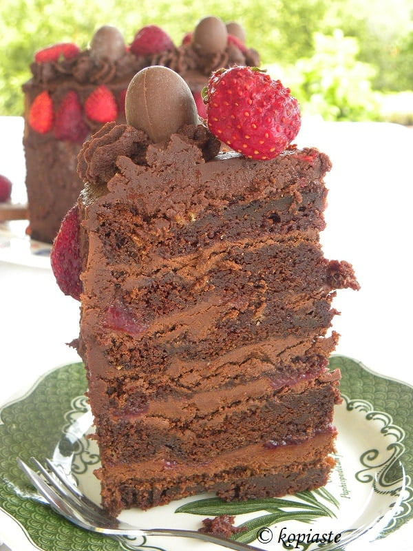 Strawberry Chocolate Cake with 3 Greek Ingredients